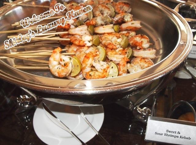 food network asia, neelys, bbq, prawns, luxury haven