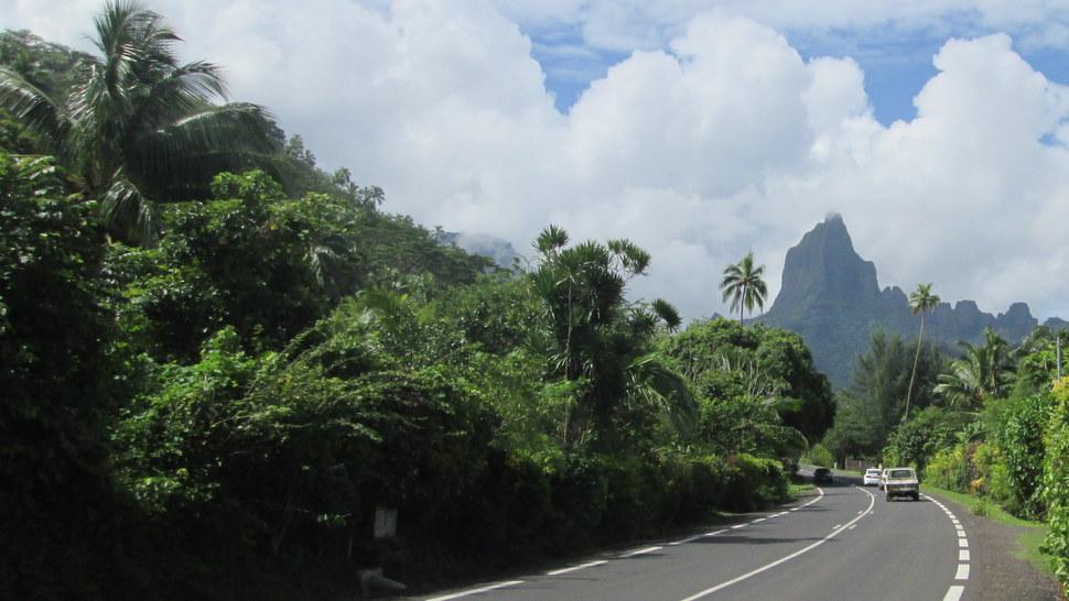 Mont Mou'a Roa à Moorea Polynésie française