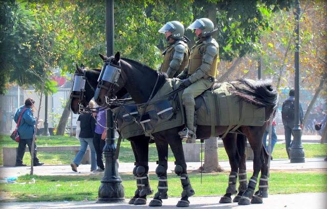 Polisi militer berkuda
