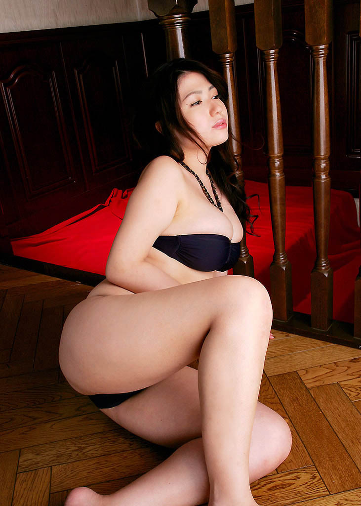 nonami takizawa sexy naked pics 02