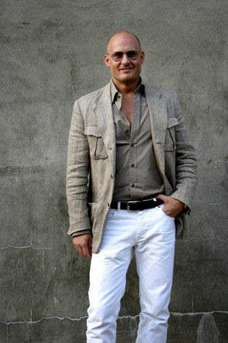 impactful old outfits for men 15