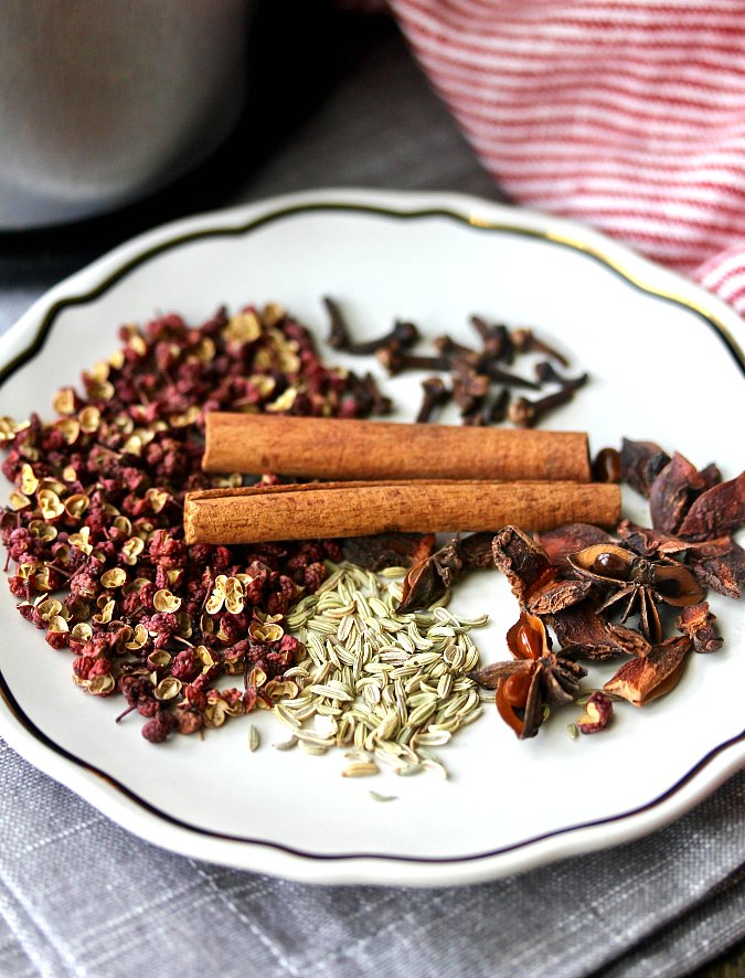 Homemade Chinese Five Spice Powder ingredients