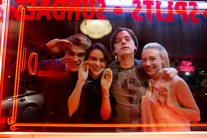 K.J. Apa, Camila Mendes, Cole Sprouse y Lili Reinhart