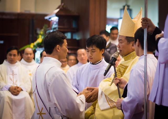 Lễ truyền chức Phó tế và Linh mục tại Giáo phận Lạng Sơn Cao Bằng 27.12.2017 - Ảnh minh hoạ 11