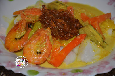 Dapur Mamasya: Lontong & Sayur Lodeh Pula