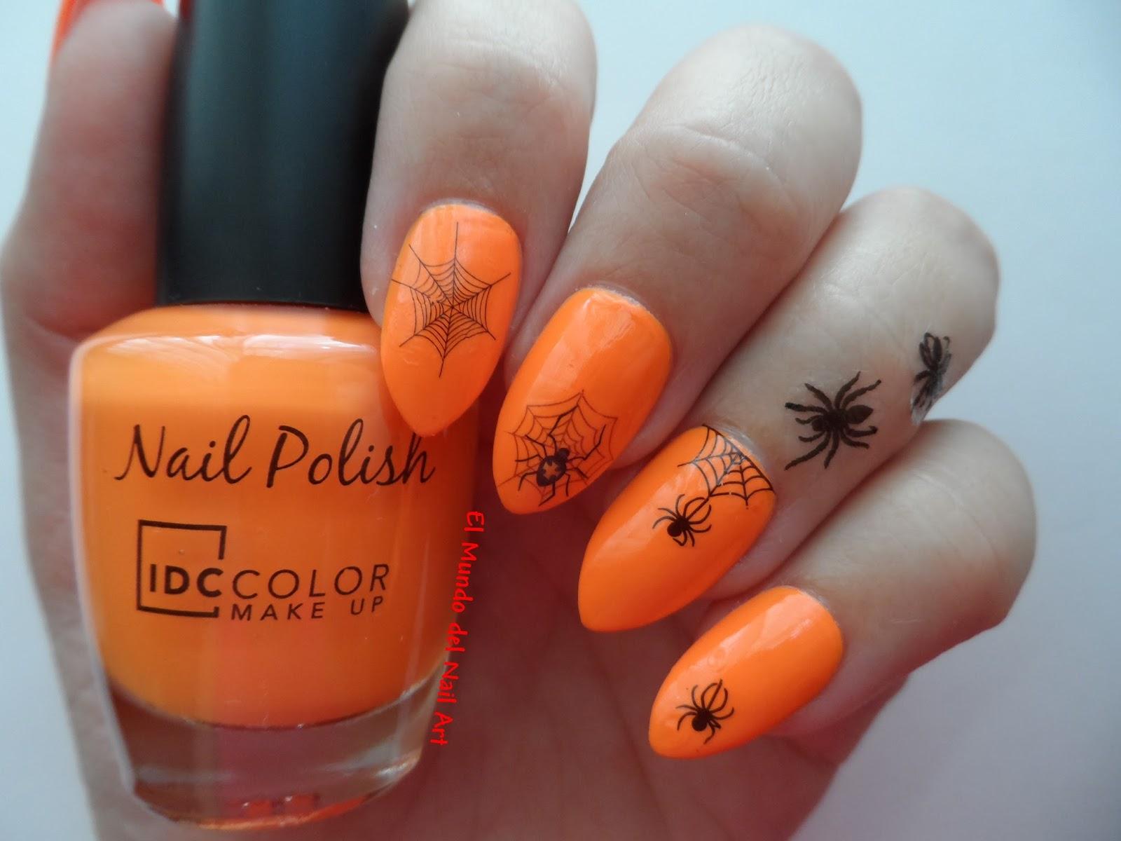 El Mundo del Nail Art: Manicura de Halloween con Uñas Postizas y Arañas!