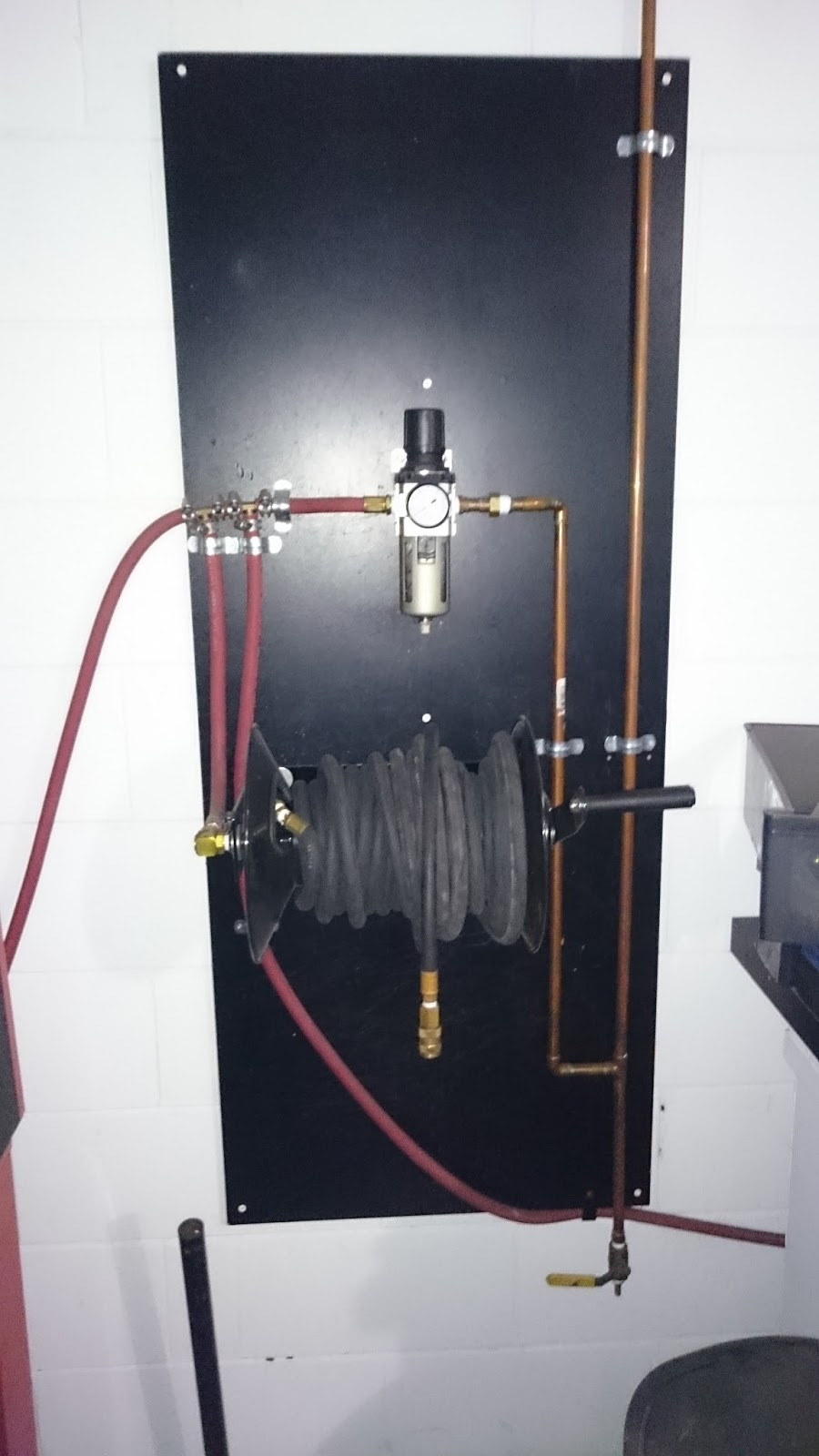 air compressor moisture trap pipe drop [ 900 x 1600 Pixel ]