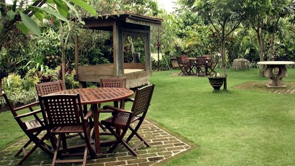 taman indie - Tempat Wisata Romantis di Batu Malang