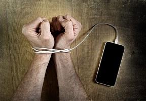 Smartphone causing Nomofobia