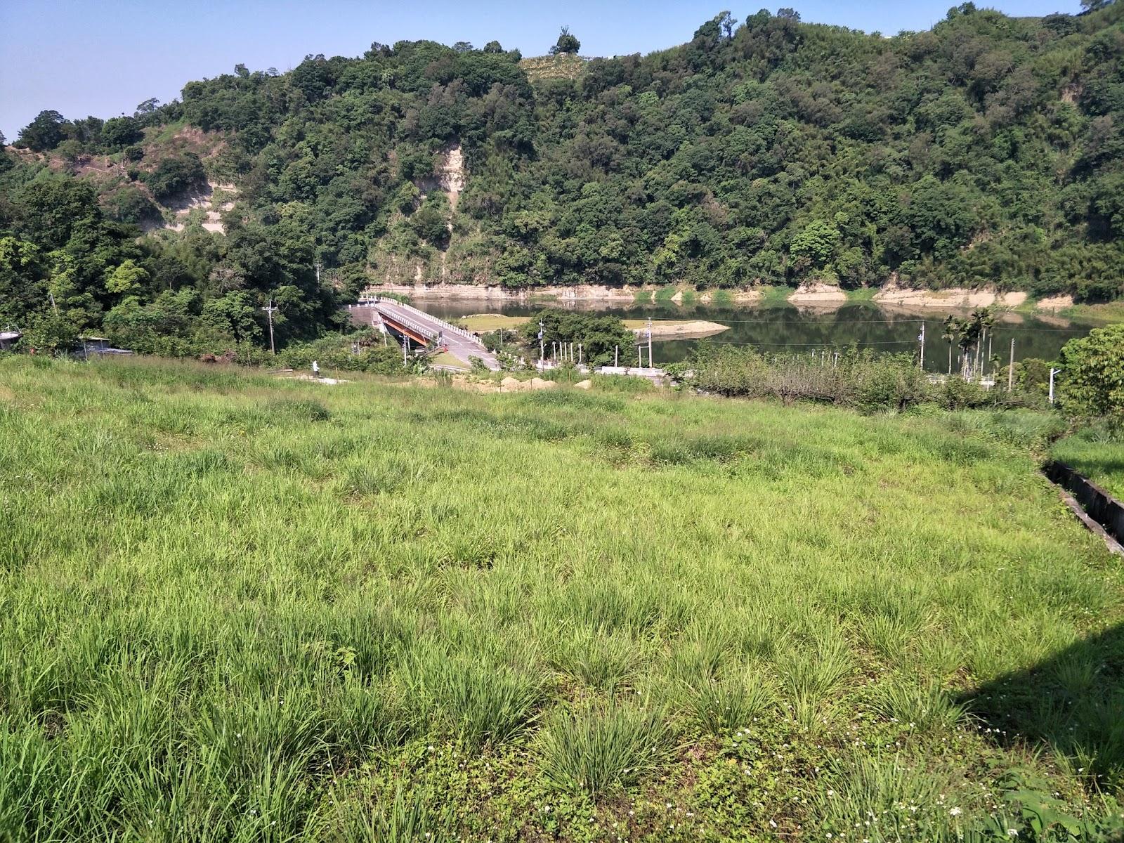 苗栗農地買賣資訊網: 編號:C008-760坪-六米道旁鯉魚潭水庫景觀地