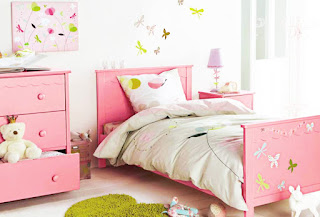 Minimalist Girls Bedroom Pink Color