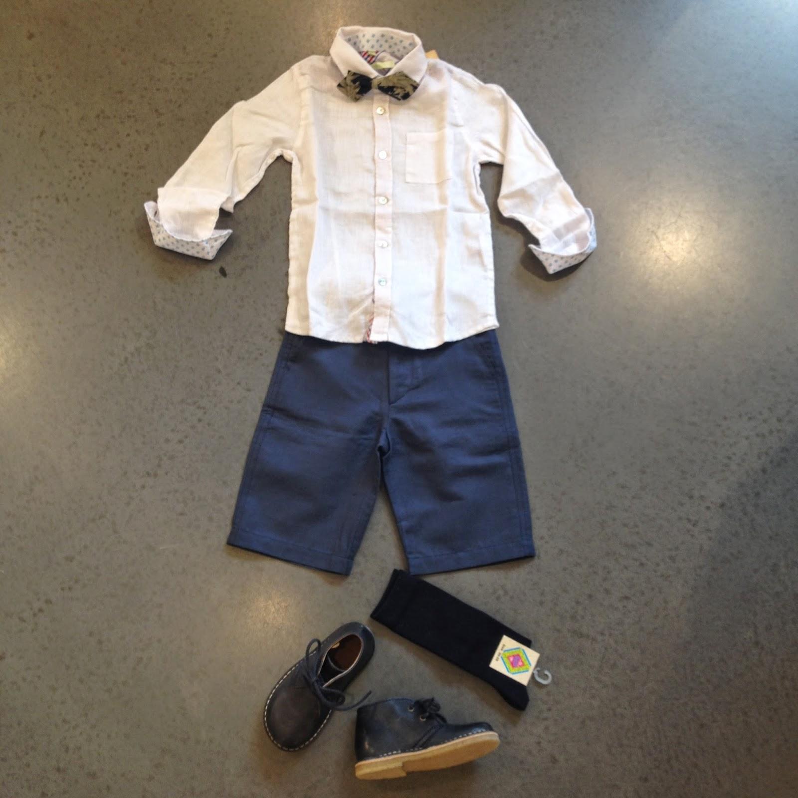 6b6a7384 Shorts fra Poppy Rose, 4 - 10 år. Skjorte fra Aston Martin, 2 - 7 år.  Sløyfe fra Scotch Shrunk, one size. Sko fra Bisgaard Knestrømper fra MP