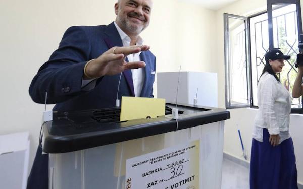 Αλβανία χαμός με την νοθεία: Περισσότεροι οι ψήφοι από τους ψηφίσαντες..!