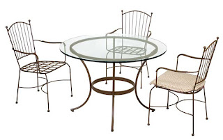juego de mesa y sillas terraza