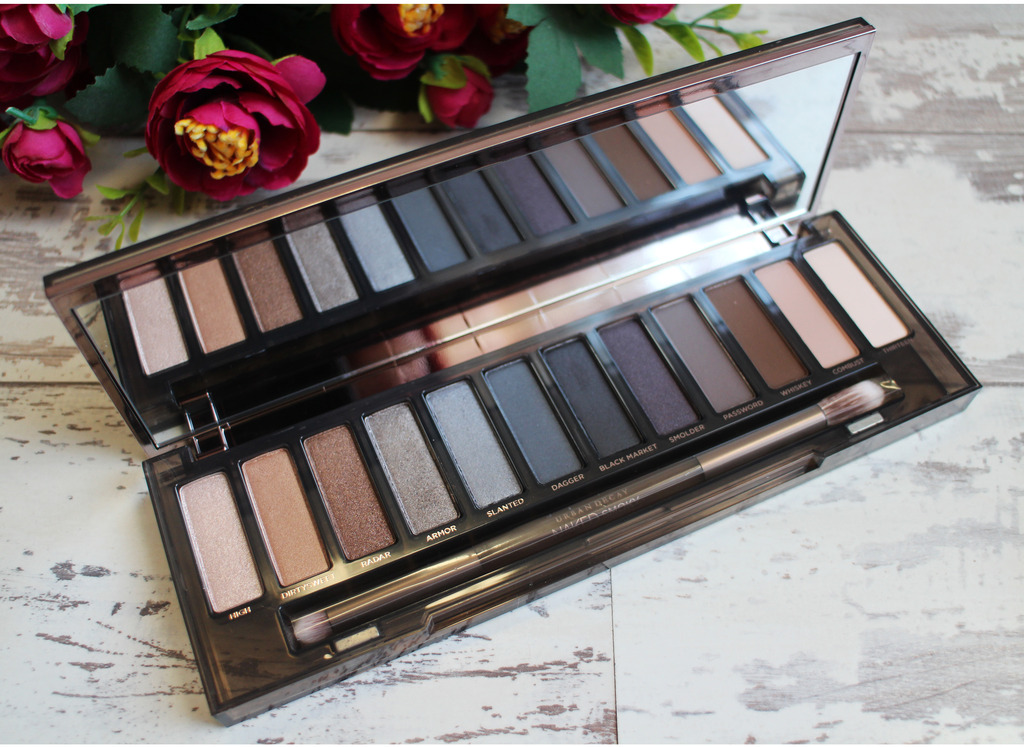 Urban Decay Naked Smokey Eyeshadow Palette