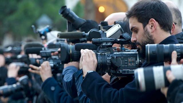 Soal PPKn : Peran Pers dalam Masyarakat Versi 2