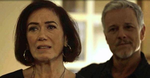 Valentina fica chocada com atitude de Olavo (Imagem: Reprodução/TV Globo)