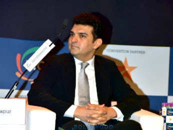 Celebs-at-inauguration-of-FICCI-Frames-2018