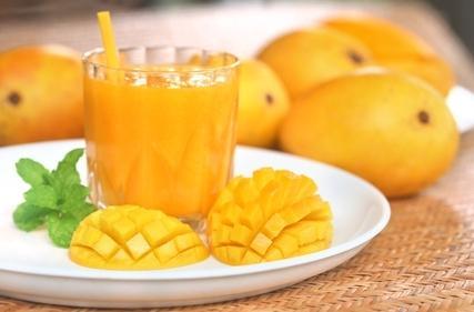 عصير المانجو والجزر