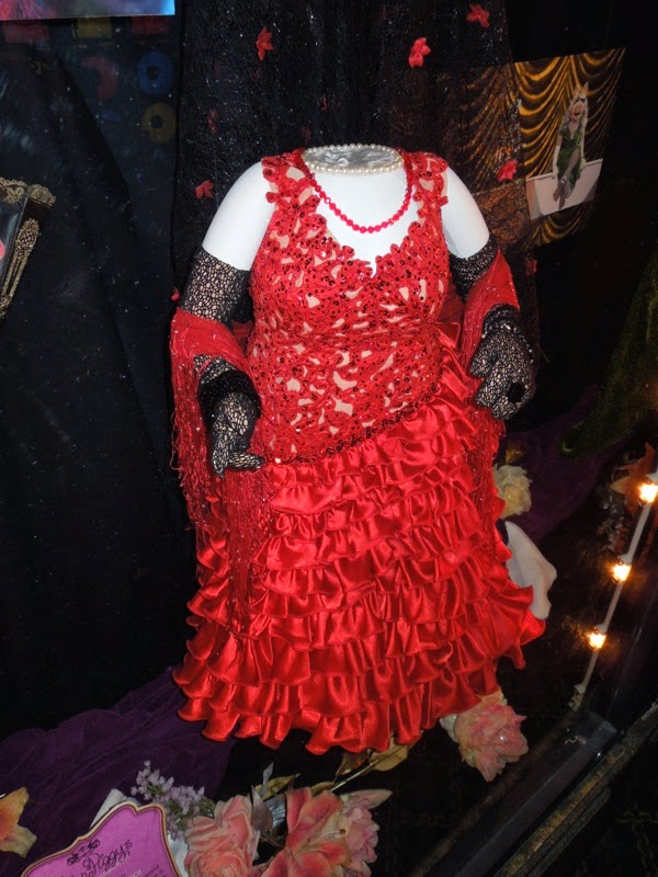 Muppets Most Wanted Miss Piggy Flamenco dress