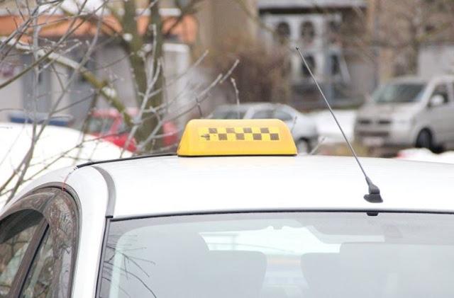 В Уфе мужчина украл пиво и ограбил таксиста