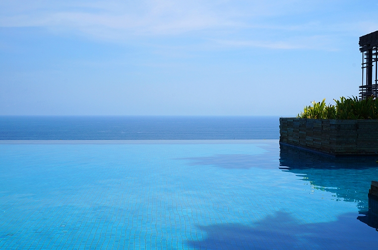 Euriental | fashion & luxury travel | Alila Villas Uluwatu, Bali - the pool