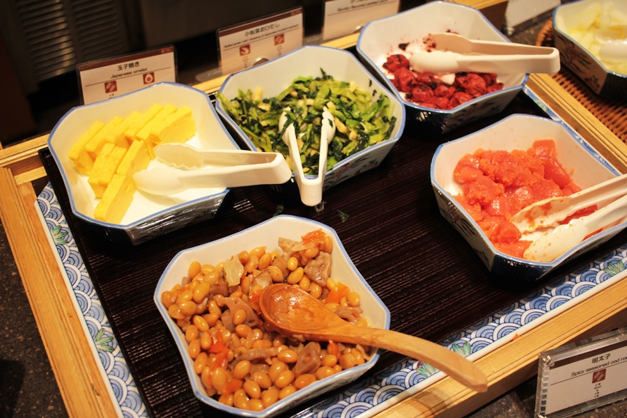 tokyo japan frühstück