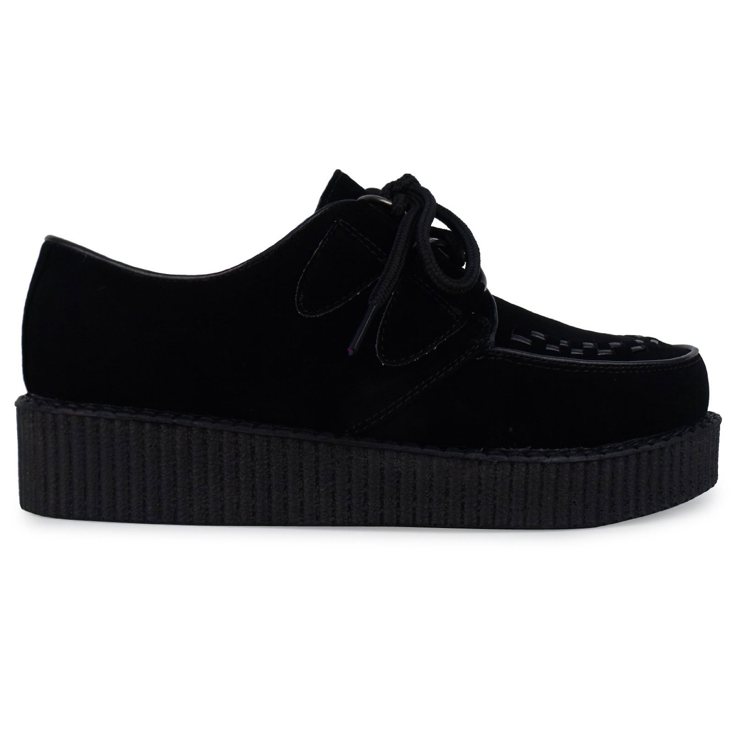 Creepers shoes for men are the ultimate in multi-functionality, able to be worn just about literally everywhere. Plain black creepers shoes with just a little distinctive stitching are unique without calling too much attention to themselves, and excellent for professional settings.