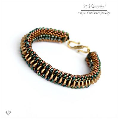 line'em up bracelet, bransoletka z koralikami triangle