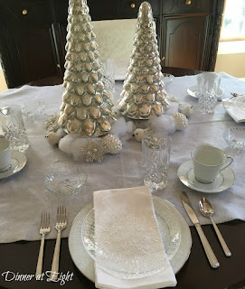 ice and snow tablescape