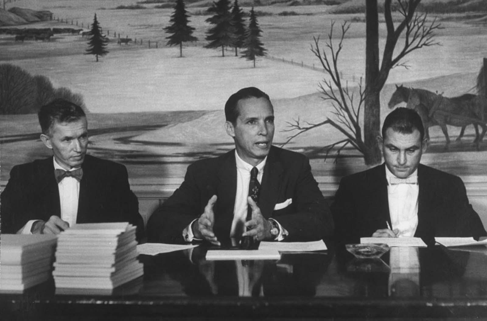 Surgeon General Dr. Leroy E. Burney (center) spoke during the influenza epidemic.