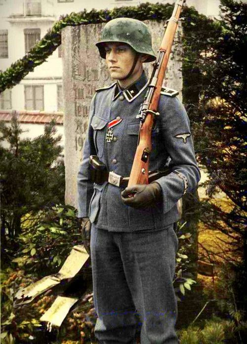 Bad Tölz soldier Color Photos World War II worldwartwo.filminspector.com