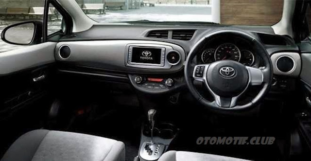 Toyota All-New Yaris dashboard