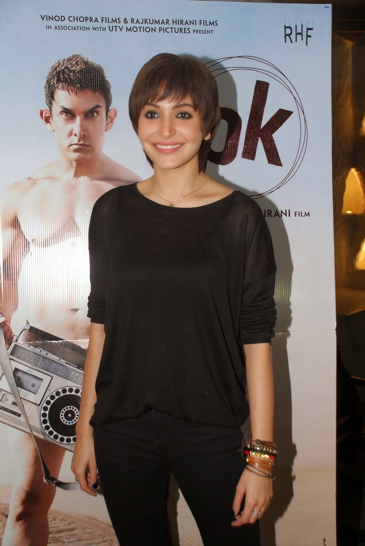 Anushka Sharma Hot Photos In Black Dress