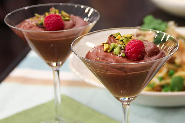 Chocolate Mousse with Konpeito Wasurena-Gusa
