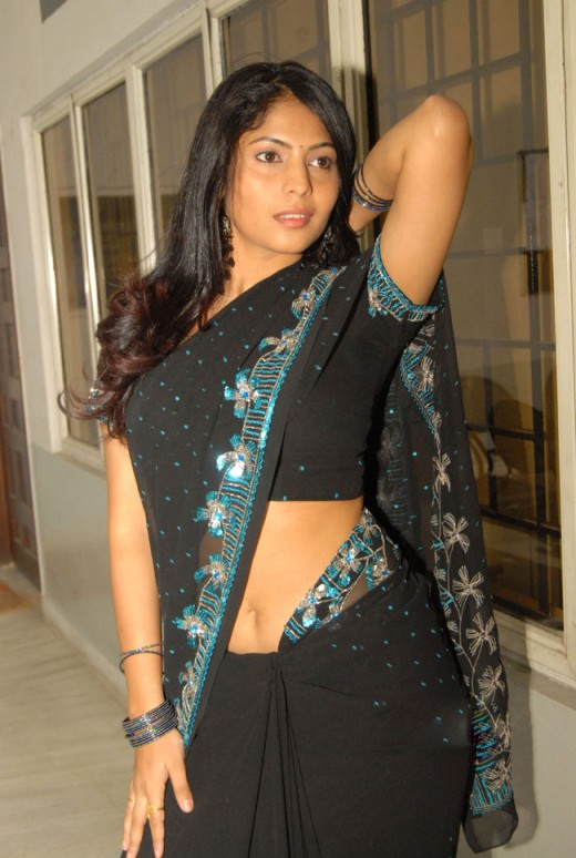 Spicy Actress  Tv Anchor Saira Bhanus Profile