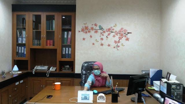 Penampakan kantor saya sekarang ^_^