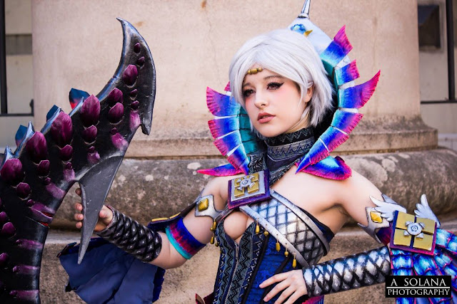 Cosplayer Elle de Monster Hunter