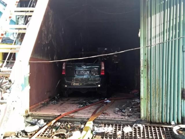 Perjuangan Seorang Ibu Selamatkan Bayinya saat Kebakaran Rumah Kos di Surabaya
