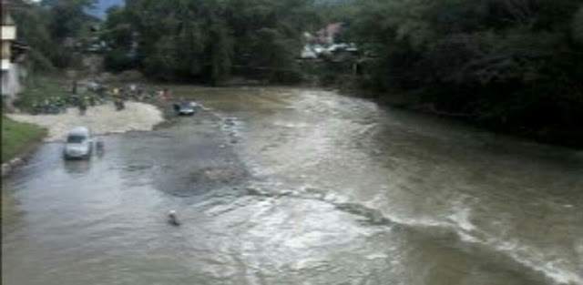 Breaking News: Seorang Warga Palesan Hilang Terbawa Arus Sungai