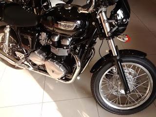 JURAGAN MOTOR INGGRIS : Jual Triumph Thruxton 900
