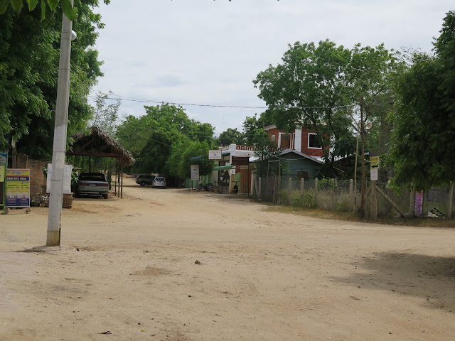 Calles de Nyang - U