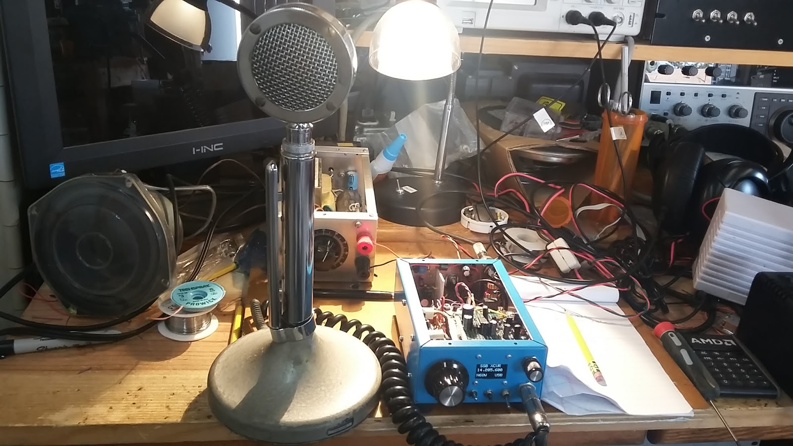 N6qws Mini Rig Amp Meter For My This Allows You To Use The One Panel At Photo Below And Relative Size As Compared Venerable D 104 Microphone Says A Lot When Your Is Smaller Than