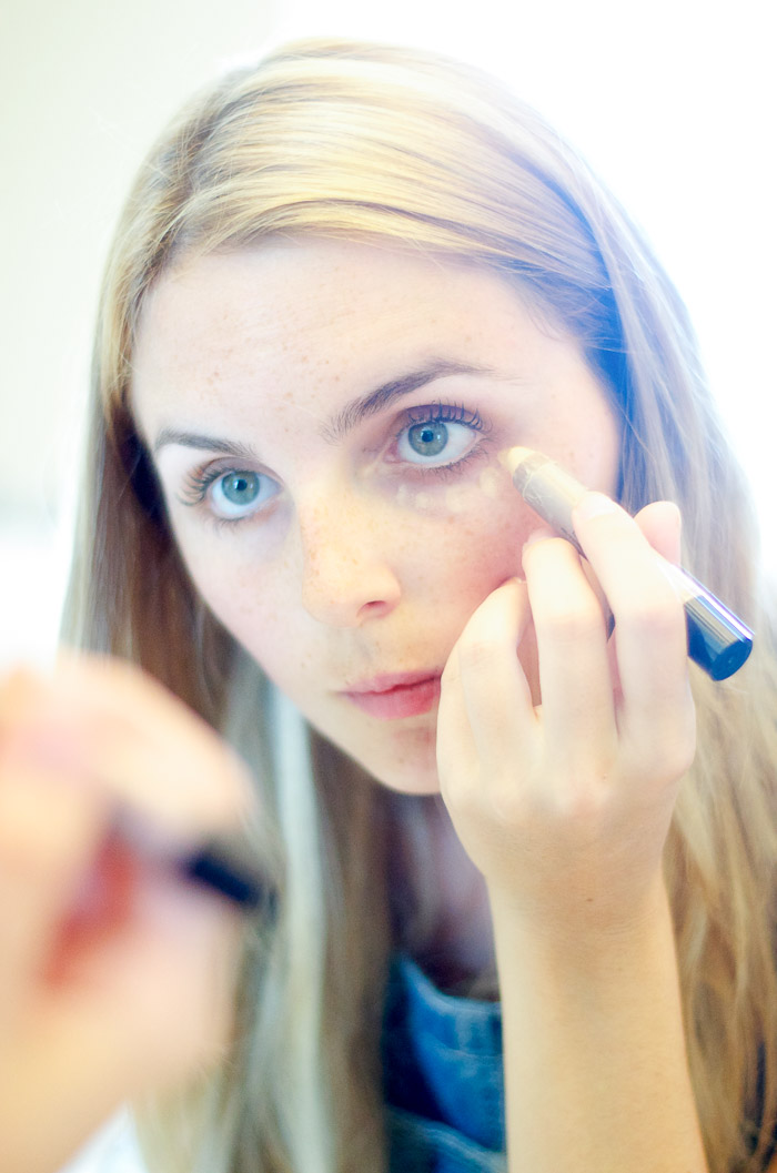josie maran concealer crayon review, Vancouver Beauty Blog, Vancouver Style Blog, Vancouver health blog, Vancouver fitness blog, Vancouver Outfit Blog