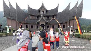 Studi Banding Disbudpar Banjarmasin Ke Istana Pagaruyung, Padang, Sumatera Barat 2018