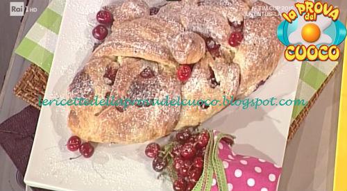 Golosa e soffice treccia alle ciliegie ricetta Barzetti da Prova del Cuoco
