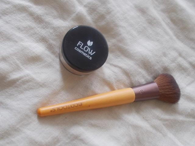 Flow kosmetiikka mineraalimeikki