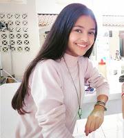 Dinda Mahira Pemeran Safira di Sinetron Topeng Kaca SCTV