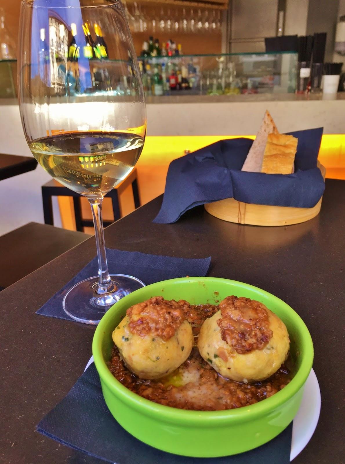 Canederli dumplings with Muller Thurgau