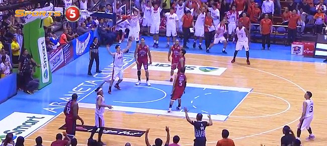 Reynel Hugnatan's CLUTCH Three vs Ginebra in Game 3 (VIDEO)
